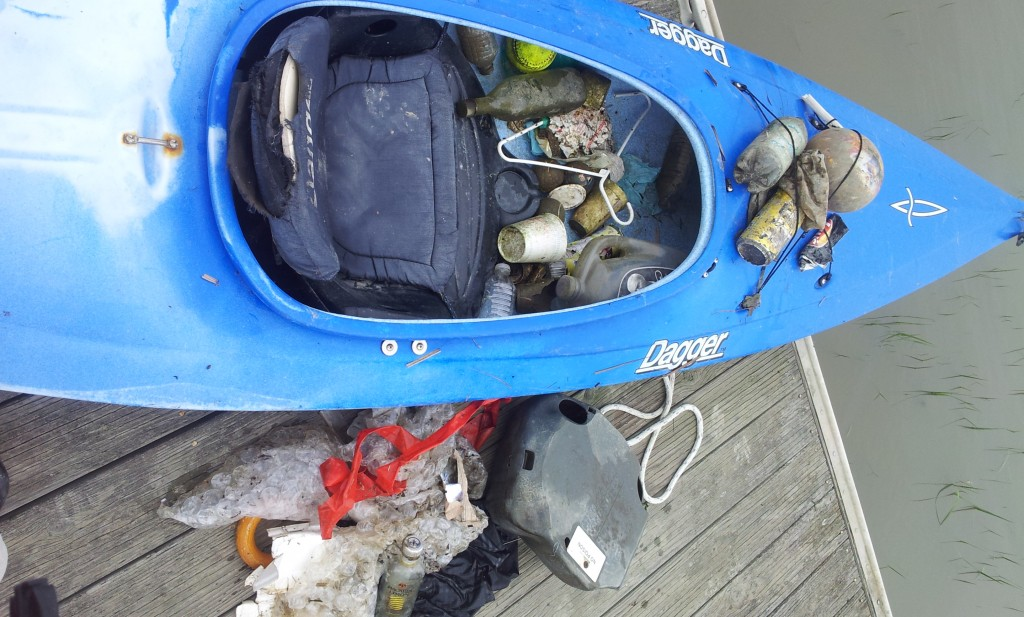 Trash cleanup during GWC King Tide Creek Tour to 101 March 8, 2016